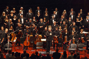 Mostly Mozart Festival Orchestra, Louis Langre, conductor